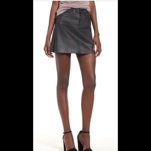 BlankNYC Coated Leather 👀 Look Skirt